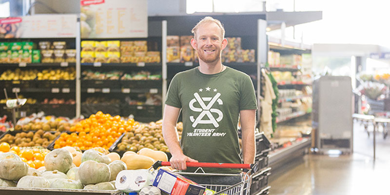 Josh Blackmore (SVA Exec 2017 President) volunteering as part of SVA Grocery